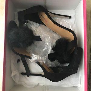 Black just fab sandal